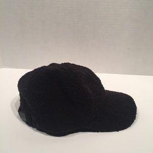 Ugg Women's Accesories Black Wool Hat